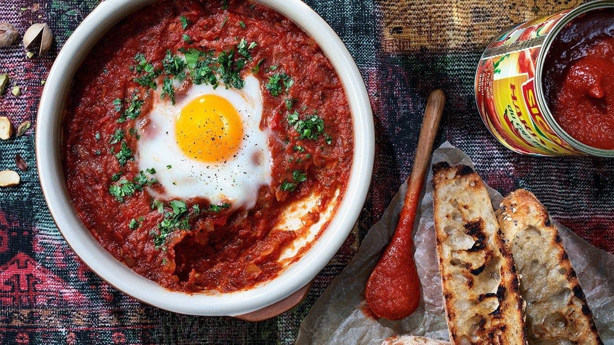 Chakchouka – munia tomaattikastikkeessa – Resepti