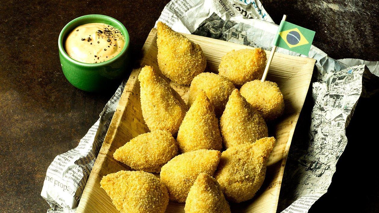 Coxinhas Brazil, rapeaa perunaa ja revittyä kanaa  – Resepti