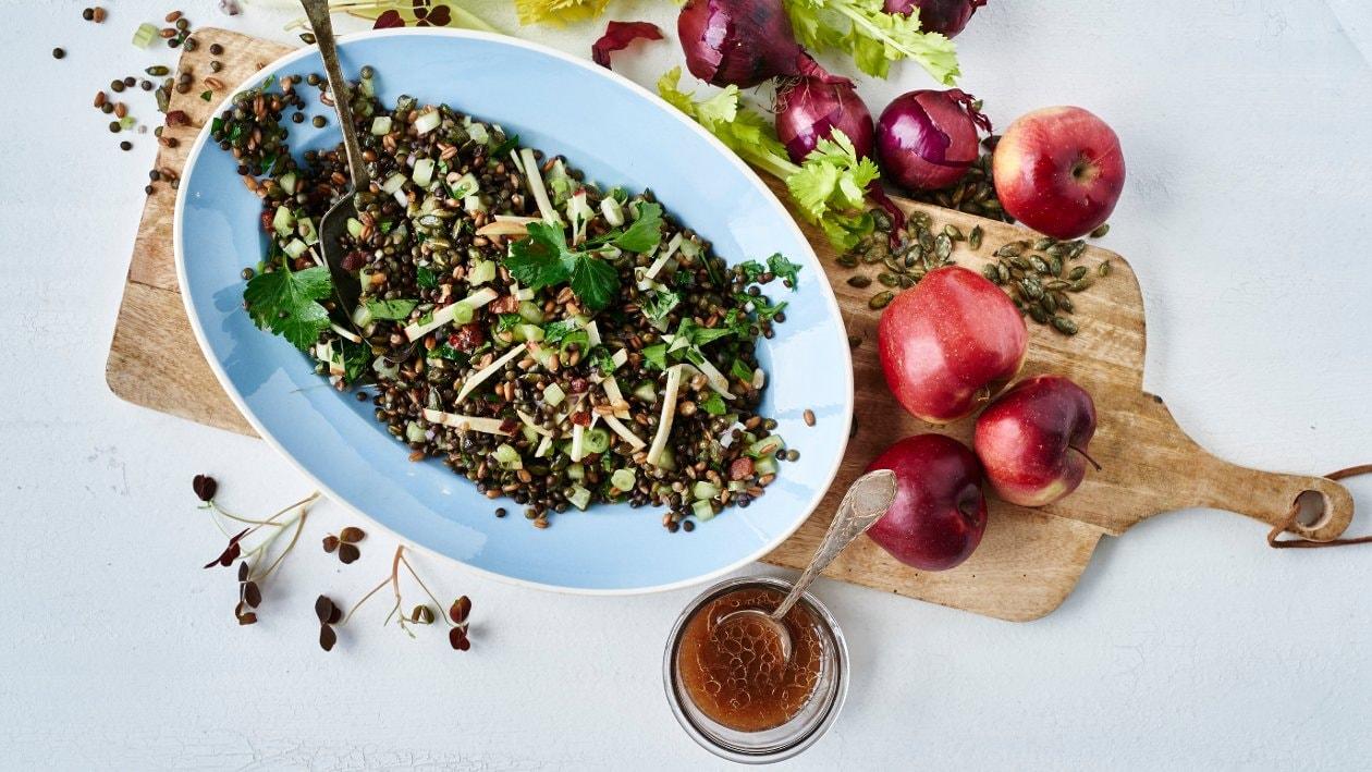 Linssi-speltti-omenasalaatti – Resepti