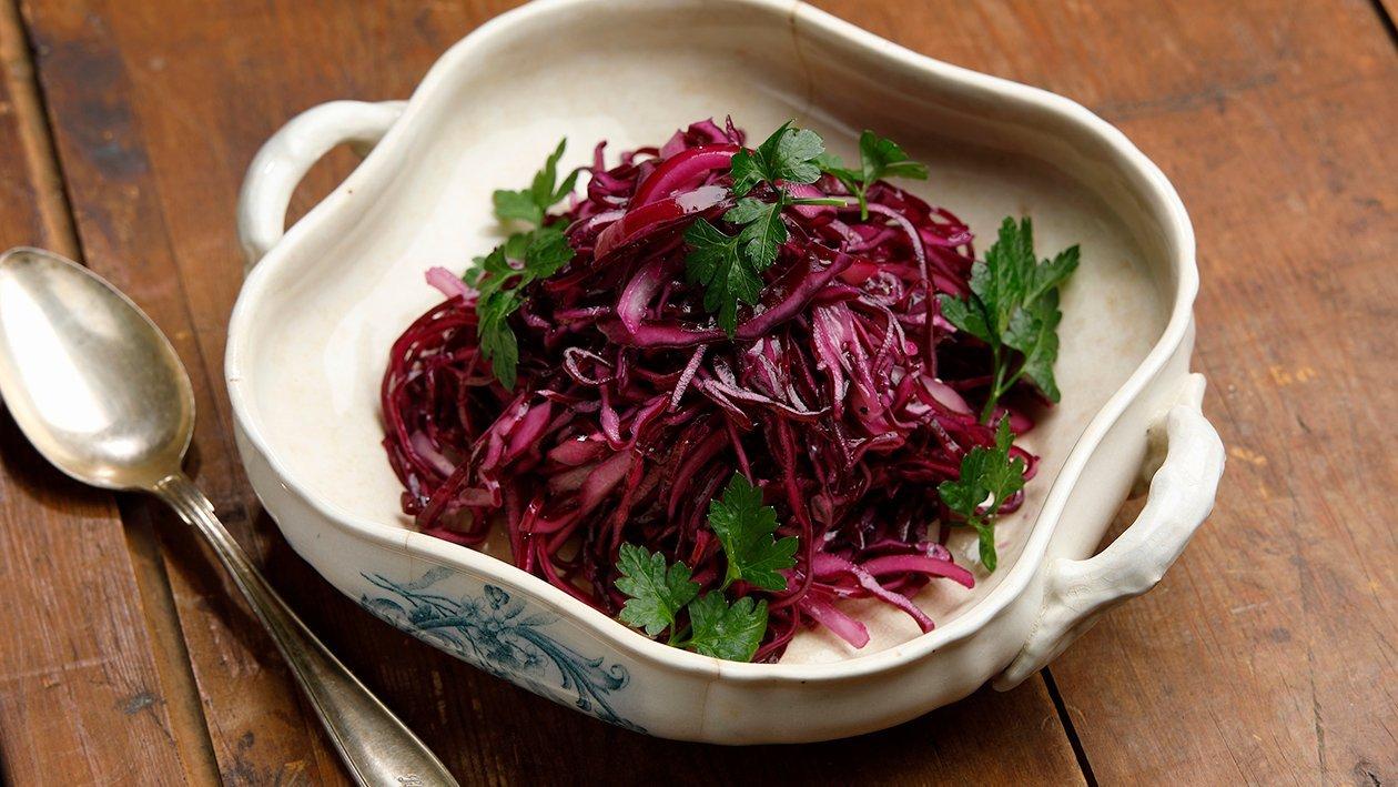 Vadelmainen punakaalisalaatti – Resepti