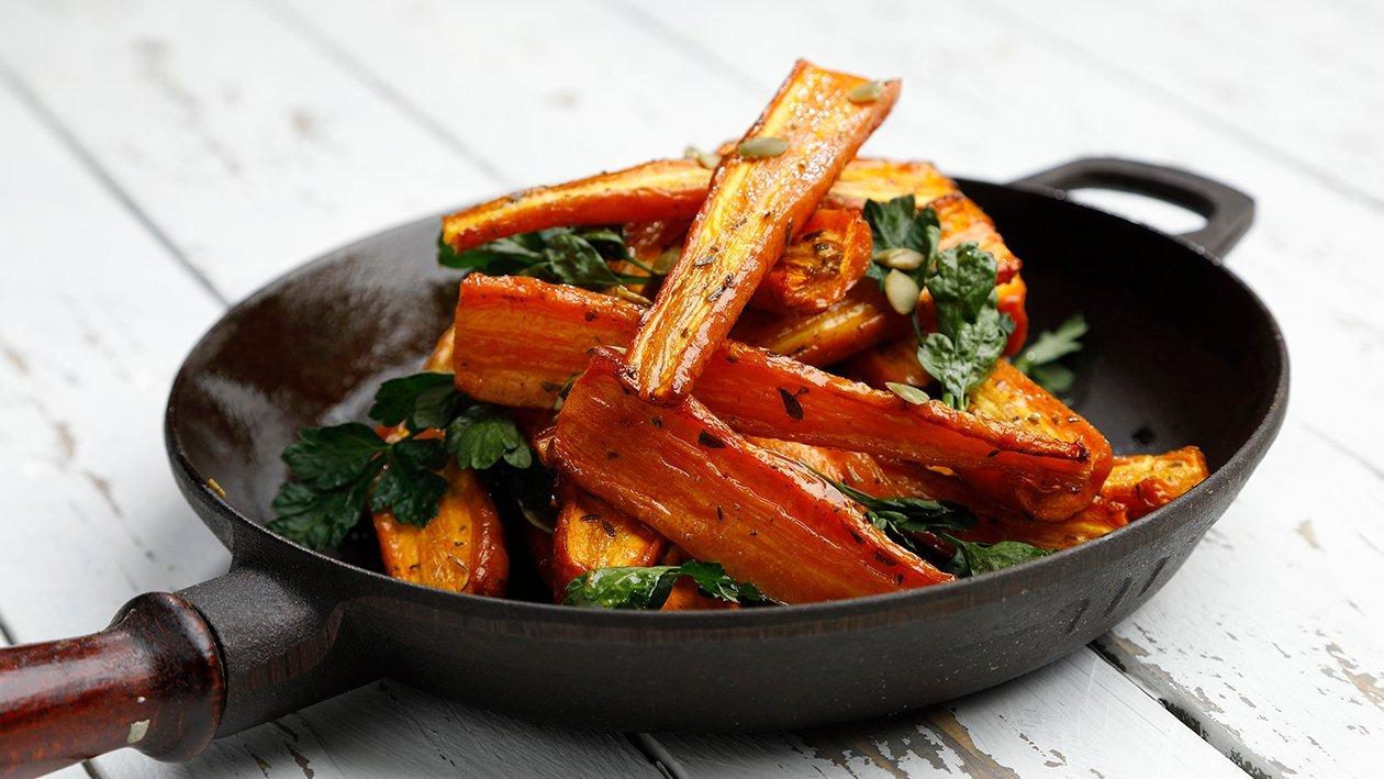 Paahdettu porkkanasalaatti – Resepti